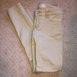 Abercrombie and Fitch skinny Khaki Pants